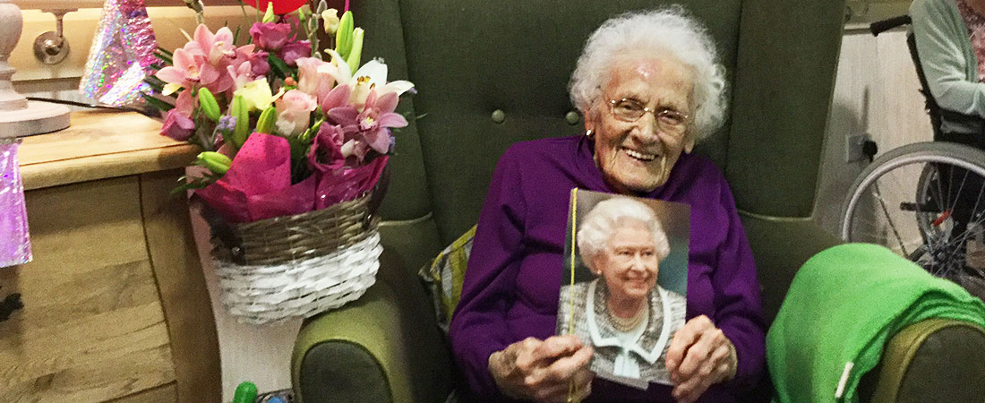 Edith-Yates-100th-birthday-GH-s
