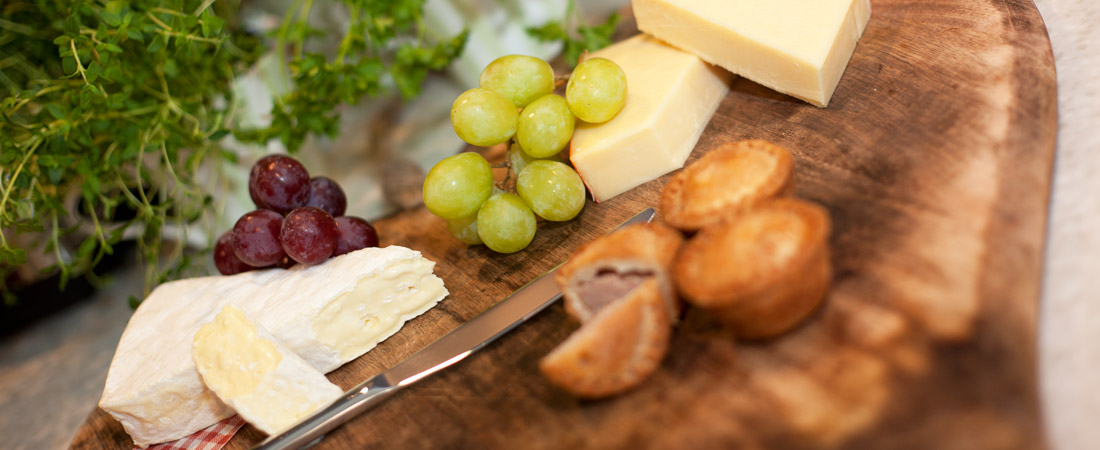 LM-Healthcare-Dining-Cheeseboard-1-s