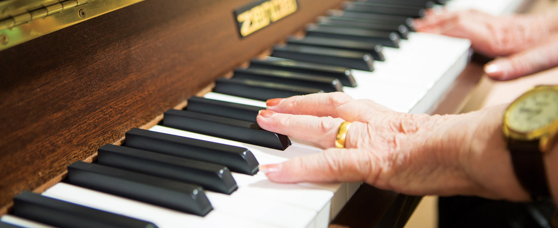 Gainsborough-House-Activities-piano-s