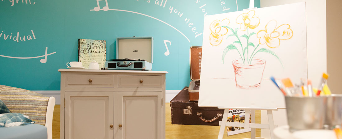 Whittle-Hall-Activities-painting