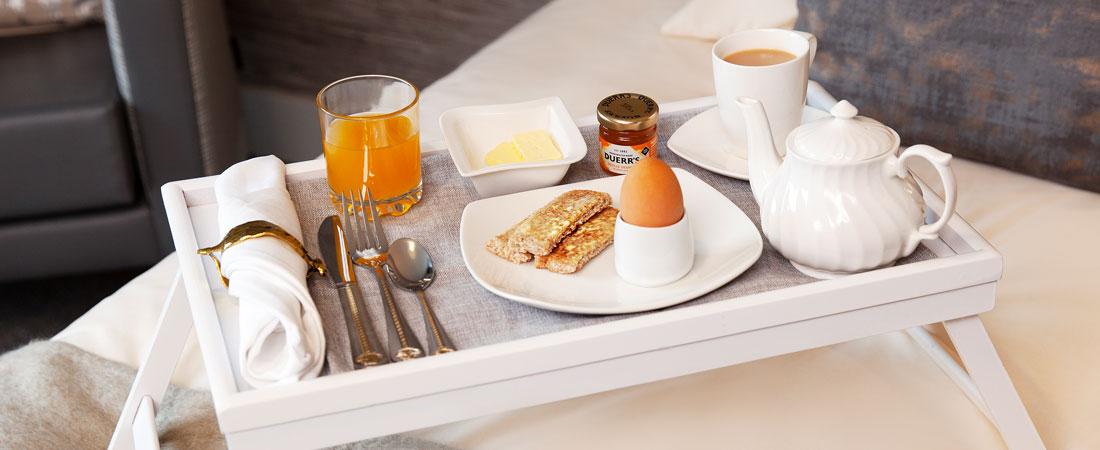 HH-Room-Breakfast-Slider